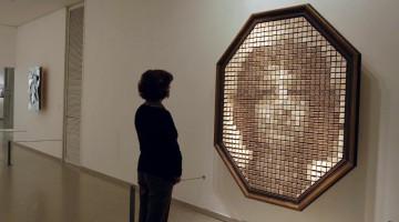 Arquitectura Interactiva - Wooden Mirror - Daniel Rozin 01